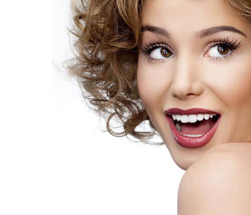 ציפוי שיניים לומינרס