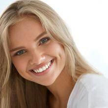 יישור שיניים או ציפויי חרסינה?